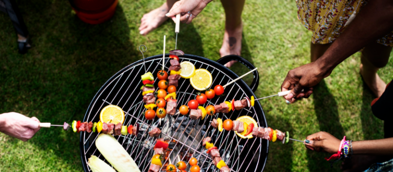 Potluck BBQ – ideas, side dishes and invitation wording